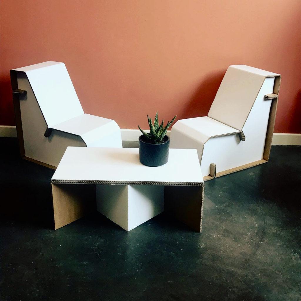 Mobilier chaise carton personalisé